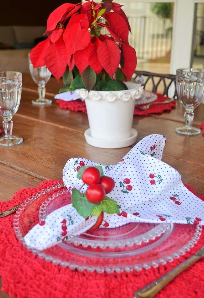 Combine o seu sousplat com a cor e a decoração predominante da sua mesa