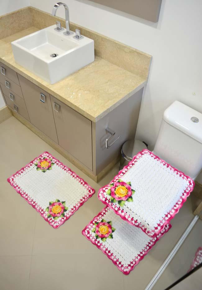 Jogo de banheiro em crochê quadrado