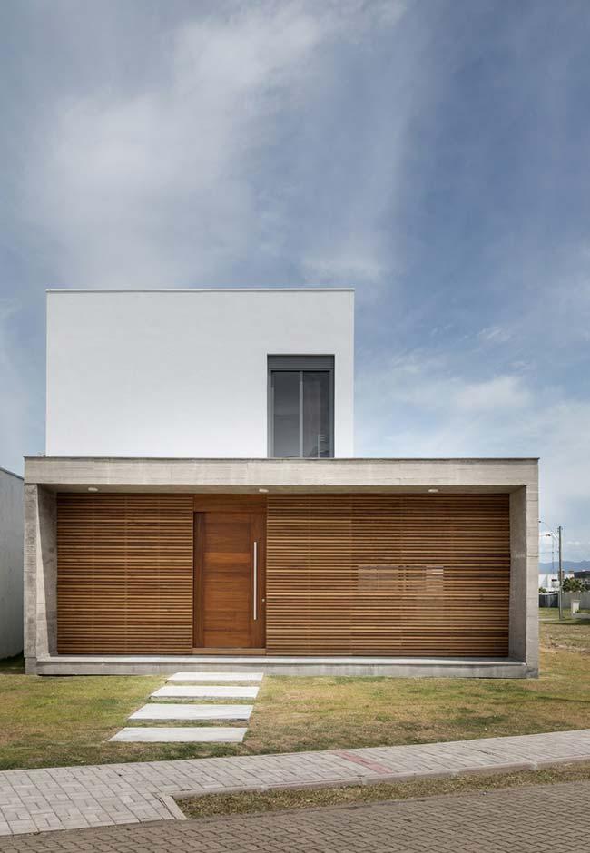 Construção de forma quadrada e retangular não poderia ter outro telhado que não fosse o embutido
