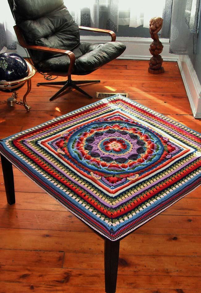 Toalha de mesa de crochê com mandala