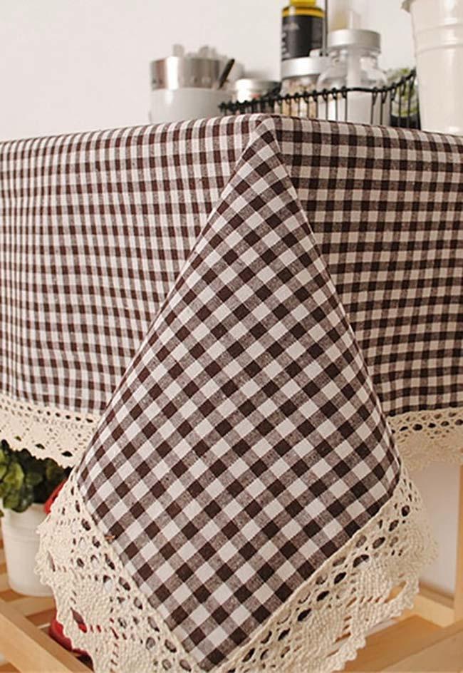 Ponta de crochê para toalha de mesa em tecido xadrez