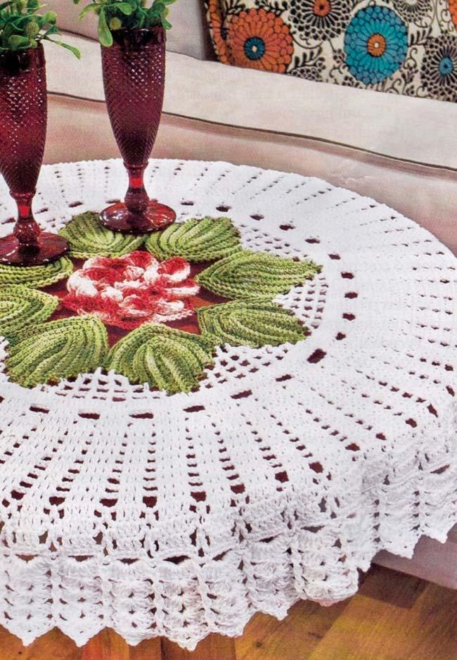 Toalha de mesa de crochê redonda com flor central