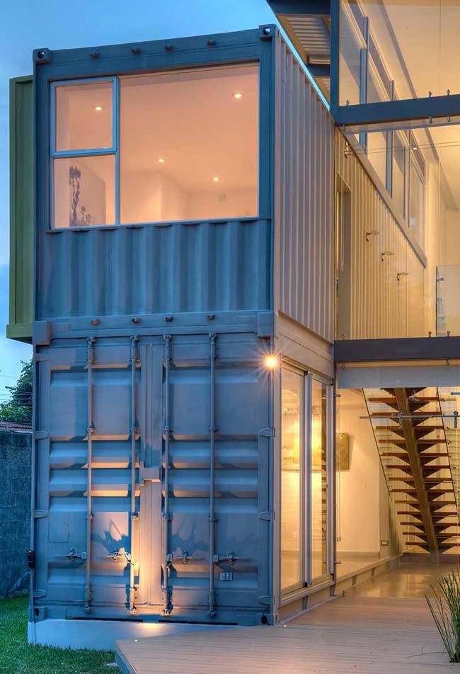 Casa com container