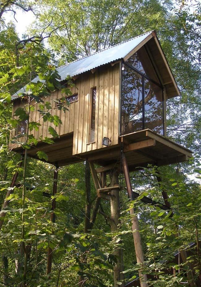 Um projeto ousado para quem quer aproveitar a casa na árvore e o contato com a natureza