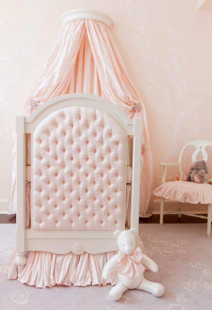 Mas o clássico rosa e branco nunca sai de moda e ainda cria opções super fofas para as meninas!