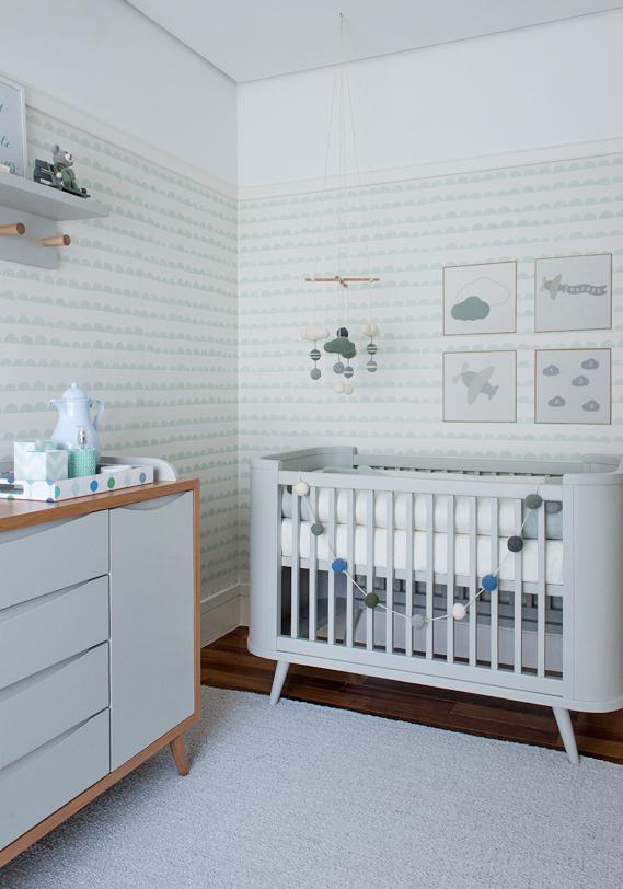 E numa decoração para quarto de bebê masculino, a combinação de verde e azul é sempre certeira