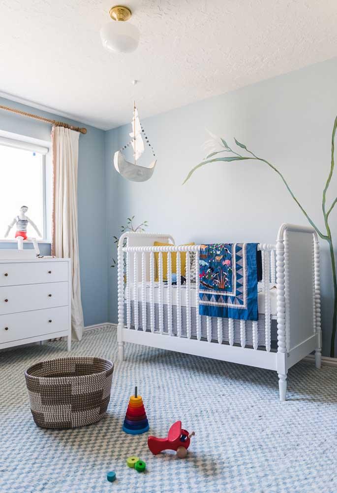 Mas como o azul tem essa aura de tranquilidade, o azul clarinho é quase sempre o mais usado para criar ambientes calmos para o bebê