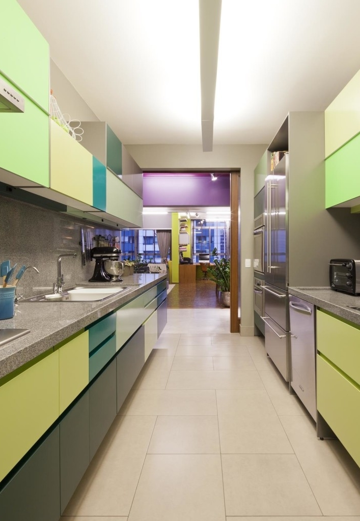 Cozinha colorida e divertida