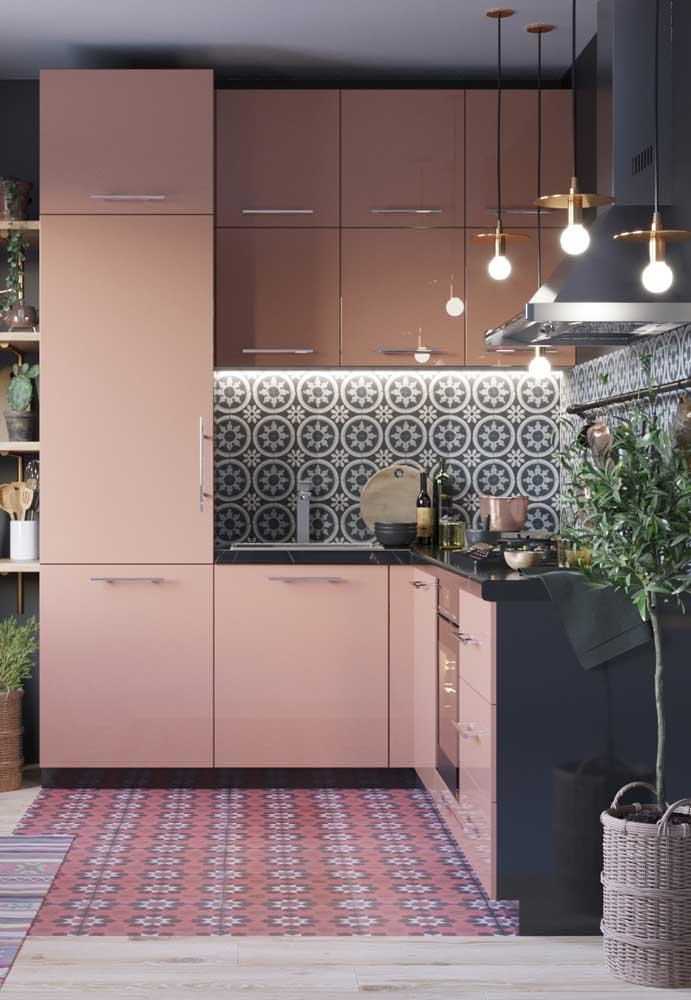 Cozinha pequena com rosa Millenial