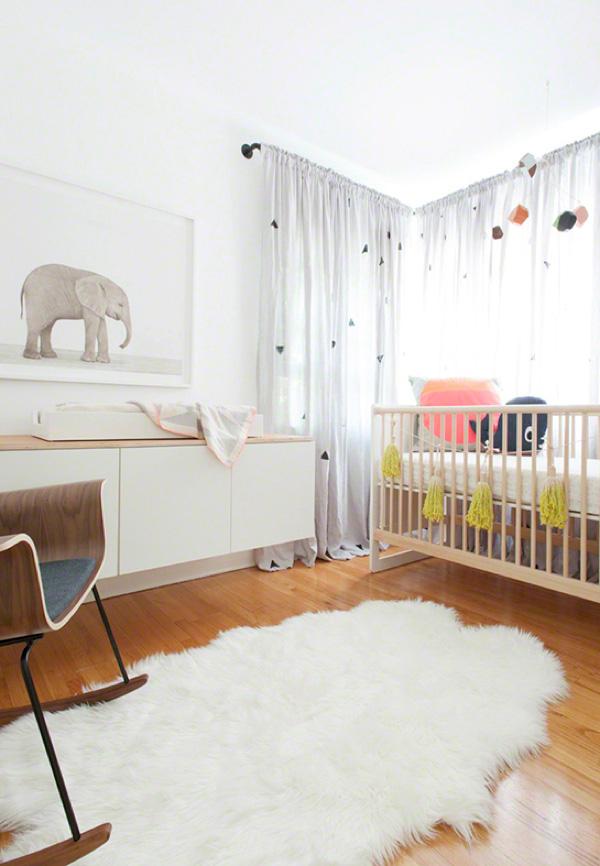 Decoração de teto ou de parede sempre deixa o quarto mais interessante