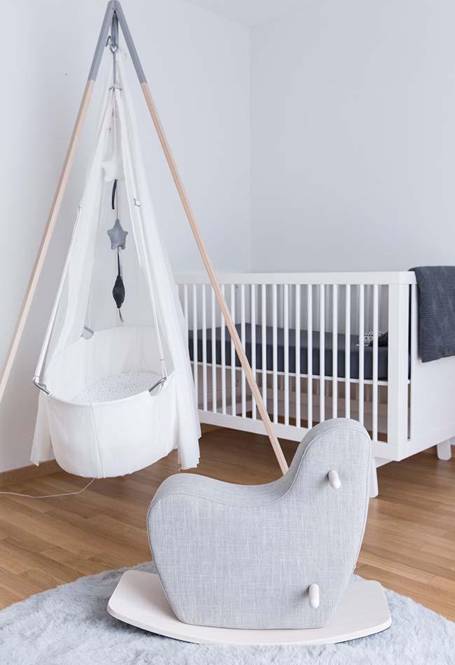 Procure também novos designs de itens clássicos de quartos de bebês que se adequem ao seu estilo