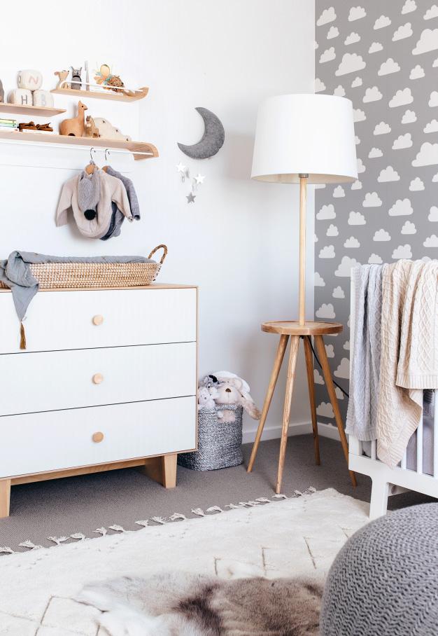 Uma decoração de quarto de bebê inspirada na temática sonho mágico
