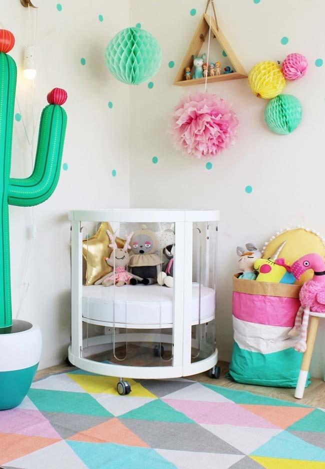 Decoração de quarto de bebê barato e super divertido