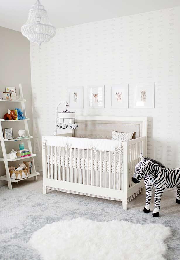 papel de parede para quarto de bebê clarinho e unissex