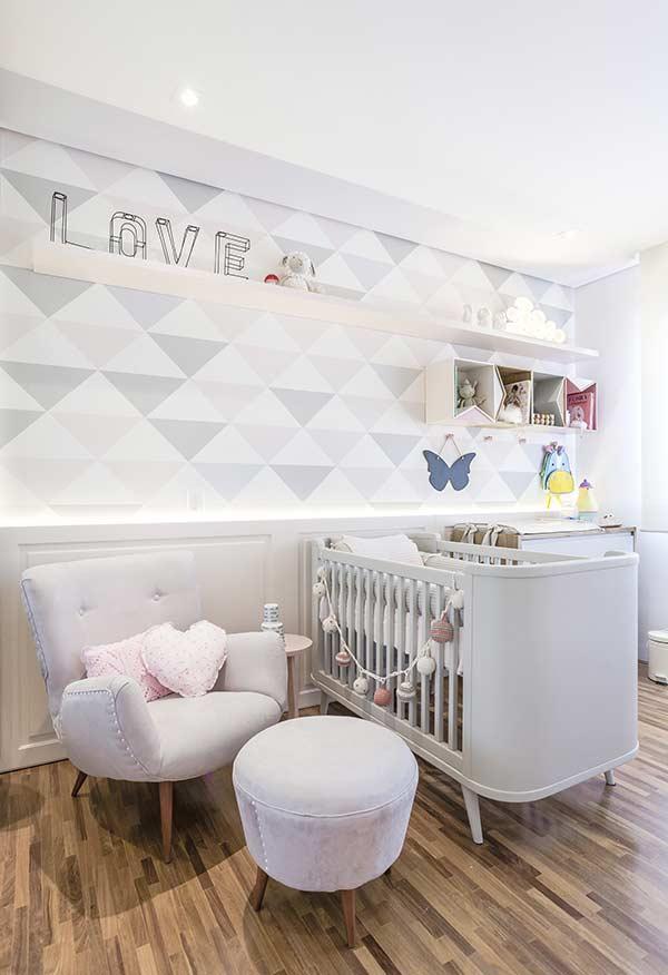 papel de parede para quarto de bebê em tons pastéis