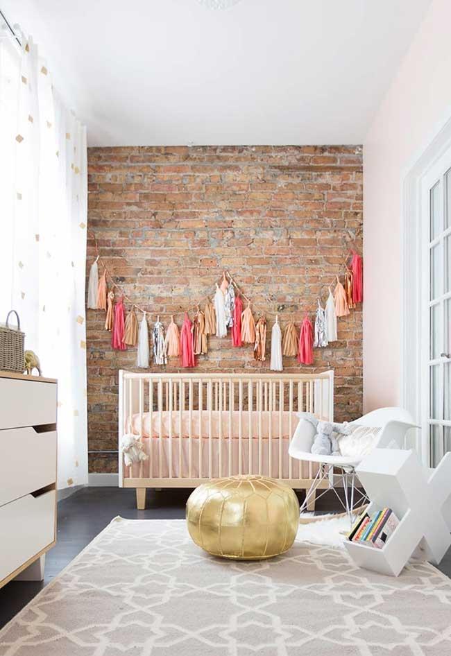Quarto de bebê feminino simples e barato