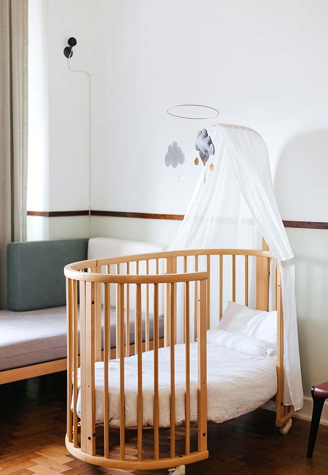 Outro berço adaptável para o seu bebê: investir neste tipo de móvel é uma ótima opção para economizar na decoração do quarto