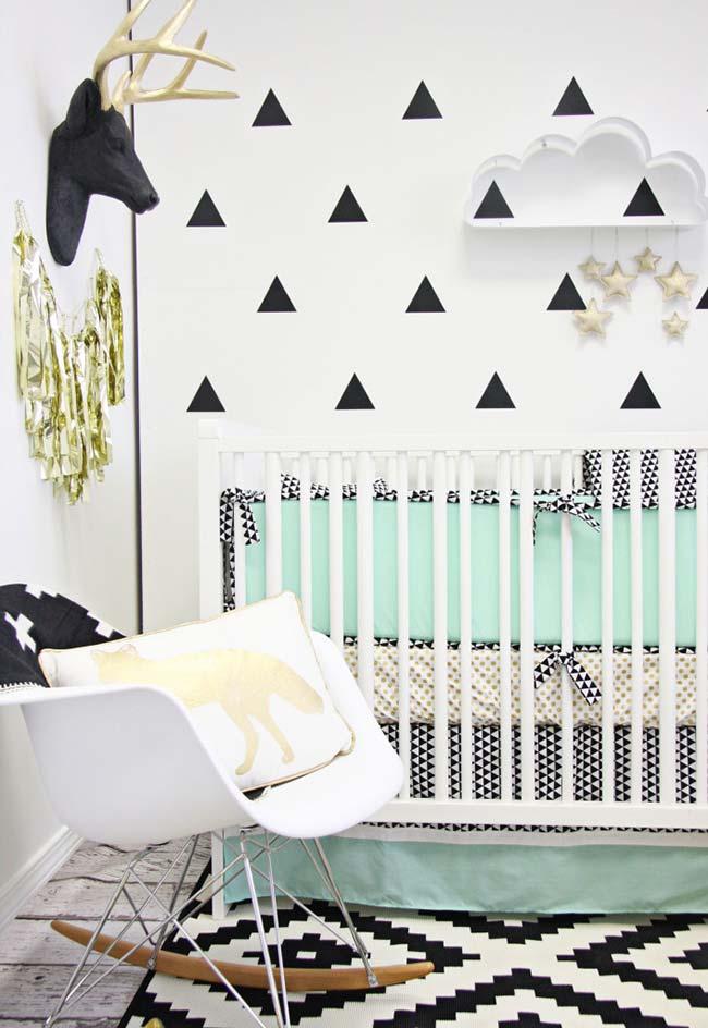 Mais uma ideia para decorar a parede de forma rápida e barata: aposte nos adesivos de parede!