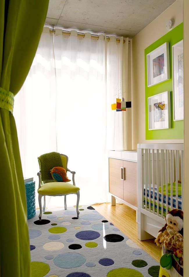 Insira uma decoração colorida no fundo branco e deixe o ambiente mais divertido e personalizado