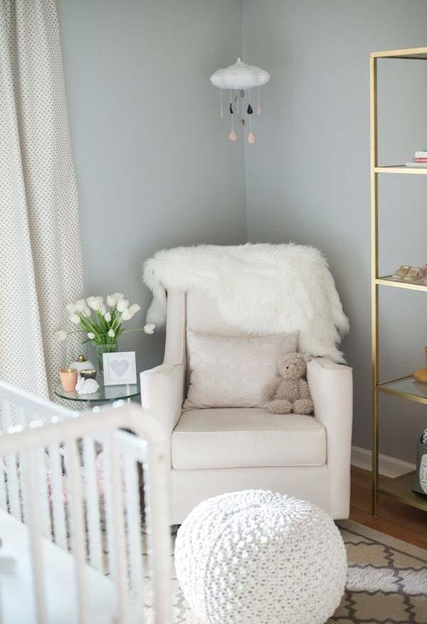 O azul claro acinzentado é uma cor ótima e neutra para ser utilizada tanto em quartos de menino quanto em quartos de menina