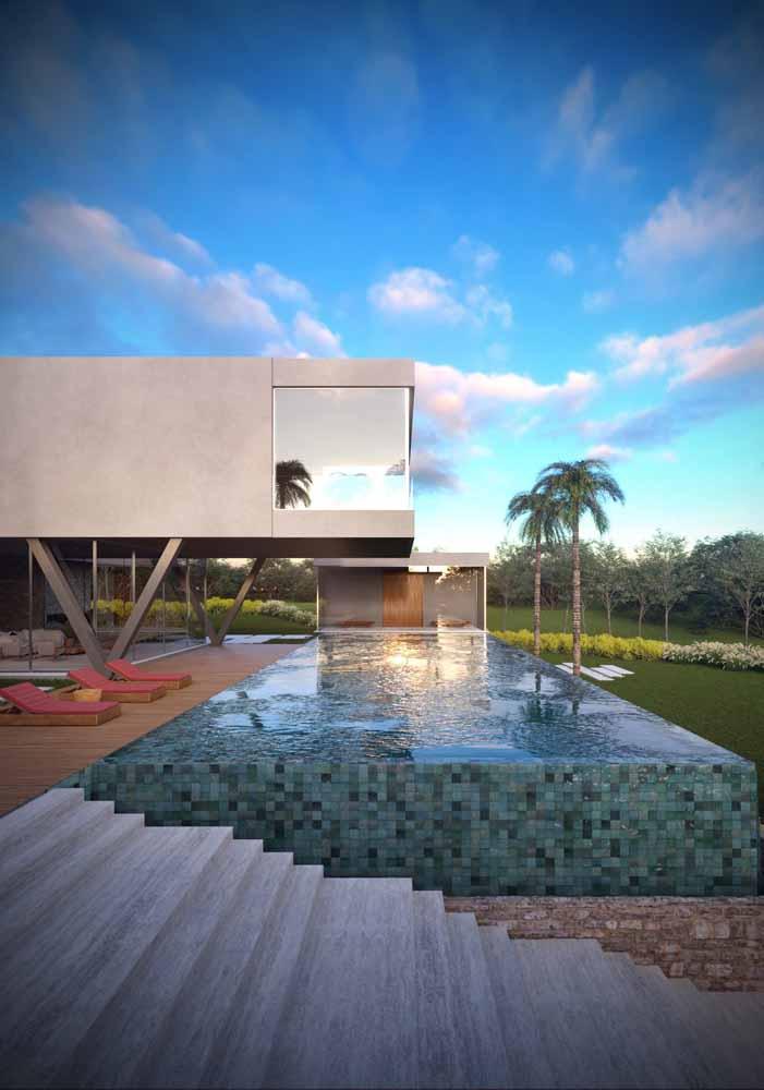 Casa bonita com piscina: tem como a combinação não ser agradável?