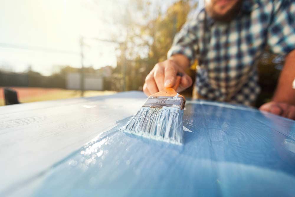 Como pintar madeira passo a passo