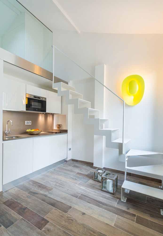 Pode não ter janela e em uma parede ,mas mesmo assim ser bonita e encantadora esta cozinha