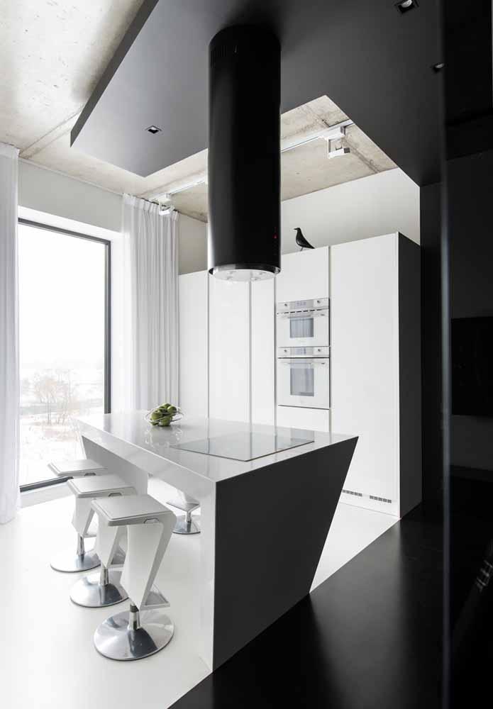 Um estilo único e contrastante numa cozinha de luxo decorada