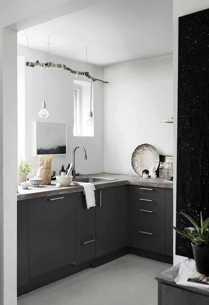 As soluções criativas das cozinhas simples não vão só para a funcionalidade, mas também para a decoração