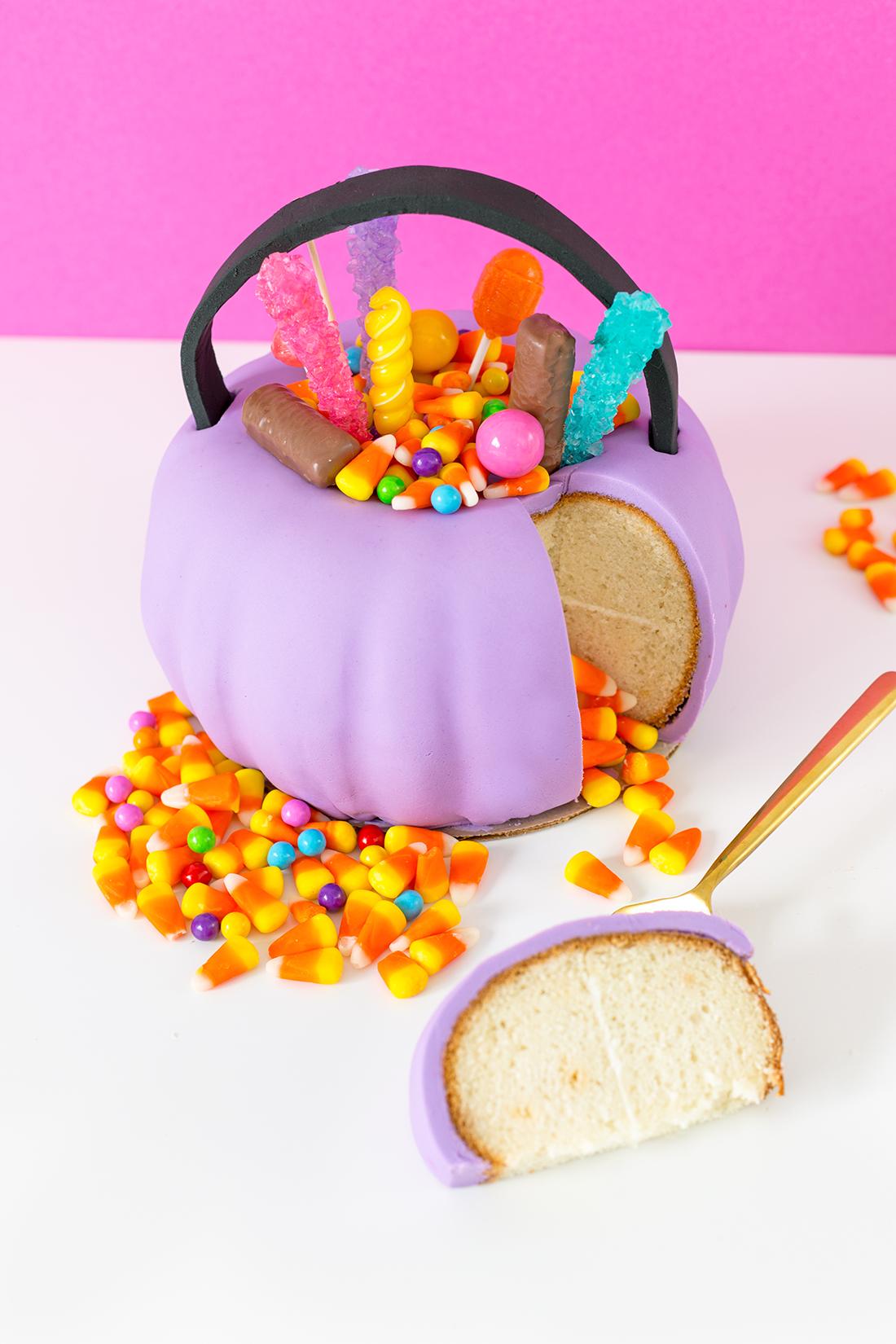 Gostosuras dentro de gostosuras: bolo piñata vai fazer a alegria das crianças – e dos adultos também!