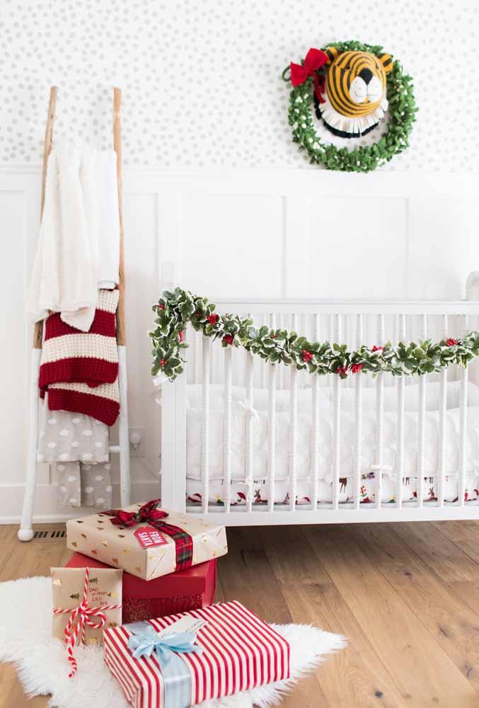 O quartinho do baby também precisa entrar no ritmo do natal