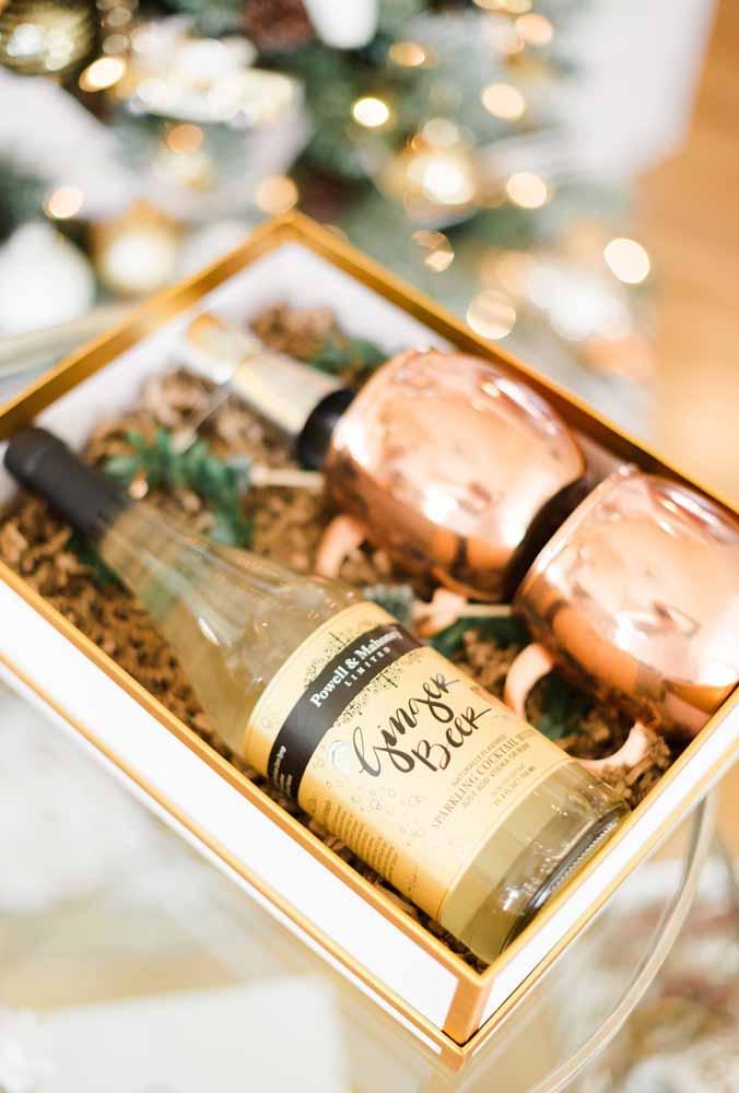 A sofisticação na hora de servir a bebida na festa de natal