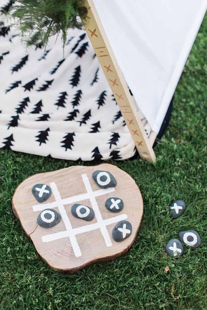 Jogo da velha rústico para criançada brincar à vontade