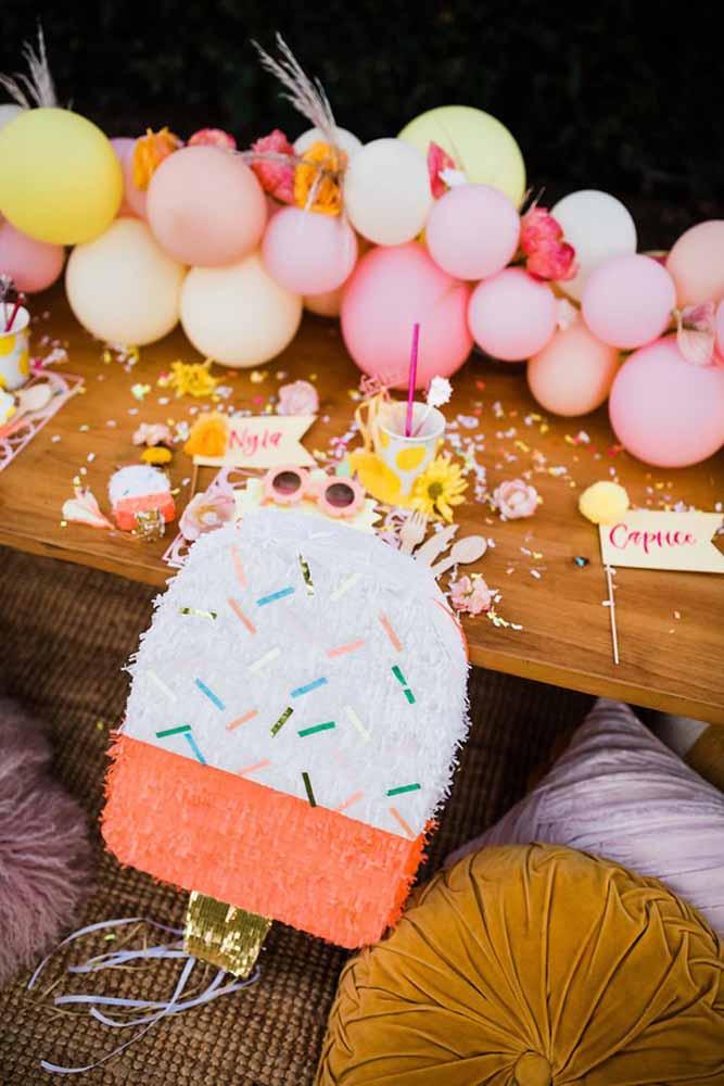 Abuse dos itens coloridos para decorar a festa do dia das crianças