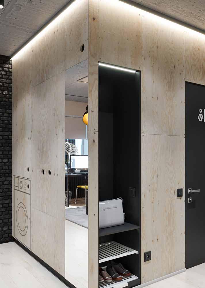 Em armários e cantos escuros, a fita de LED pode ser uma ótima solução para iluminar estes espaços
