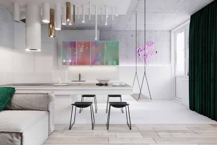 Misture luzes no seu projeto: explore os usos das fitas de LED, dos painéis luminosos e dos spots de luz para criar um ambiente incrível e super bem iluminado