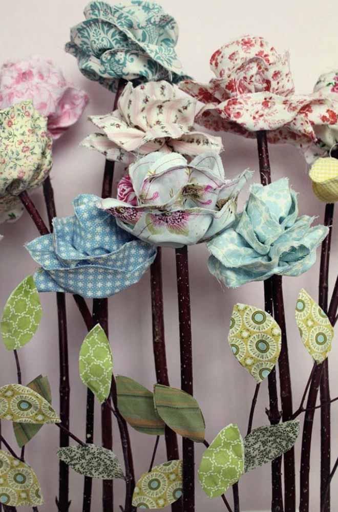 Ama patchwork? Que tal utilizar seus tecidos estampados para fazer um canteiro de rosas no seu estúdio de trabalho?