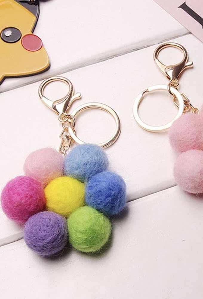 Flor de feltro-bolinha colorida para chaveiros: outra ideia para fazer, presentear e até vender