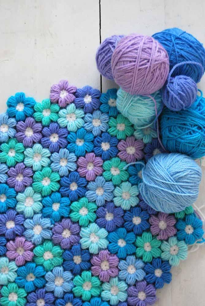 Caminho florido: flores de lã para criar um tapete super macio e fofo e decorar seus ambientes