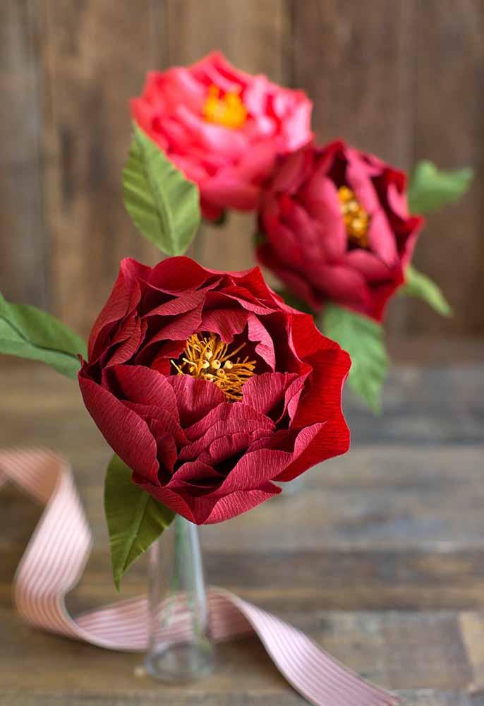 Flores de papel crepom: Perfeição, comparada com a natural e com duração maior
