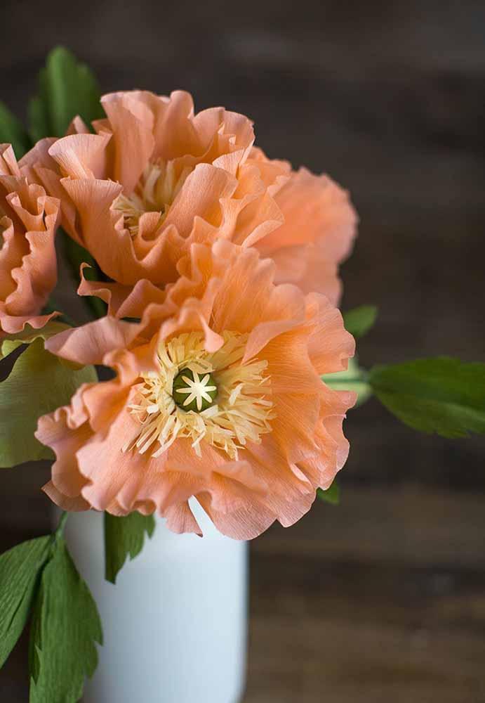 Flor de papel seda : Aos tons de salmão harmoniza bem com qualquer ambiente