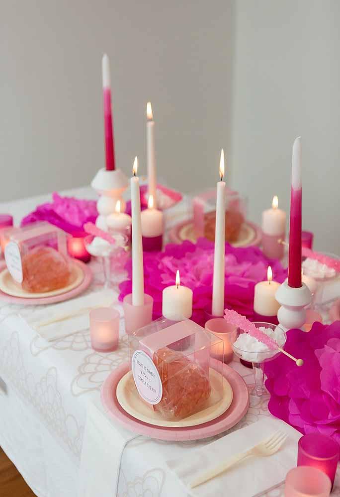 Flores de papel gigante: Simples e para decoração de mesa para datas comemorativas