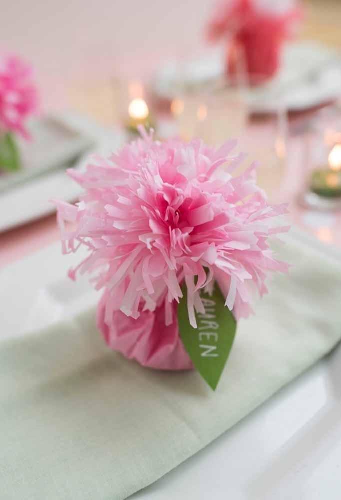 Um charme a mais na mesa e sugestivo também para colocar docinhos