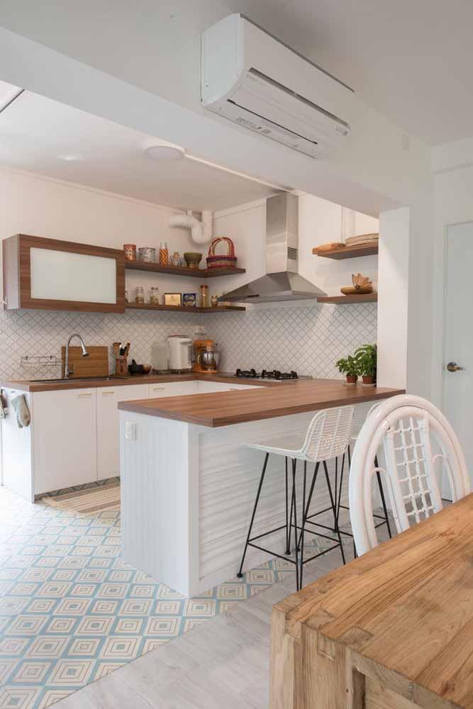 Modelo de cozinha americana em ''U'': para uma organização e espaço dentro da cozinha