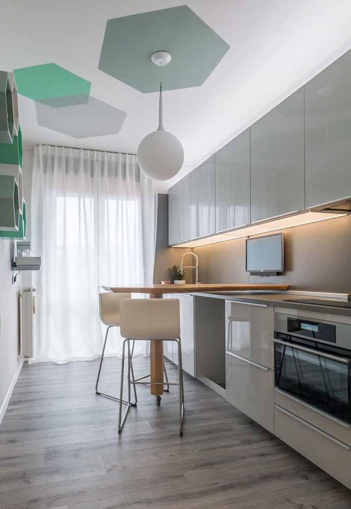 Inove no design e crie uma mesa móvel acoplada a sua cozinha em linha
