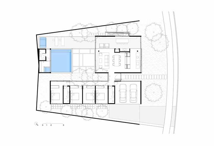 Güths House: surpreendentemente amplo e bem distribuído