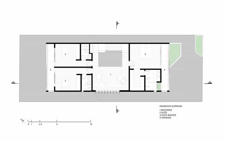 DBP House conta com um pavimento superior com suíte master