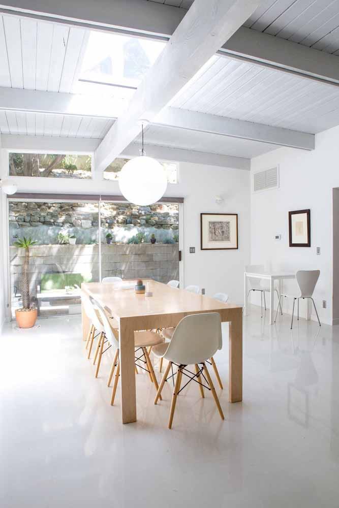 Outra vantagem desse tipo de piso é que ele se encaixa bem em qualquer proposta de decoração