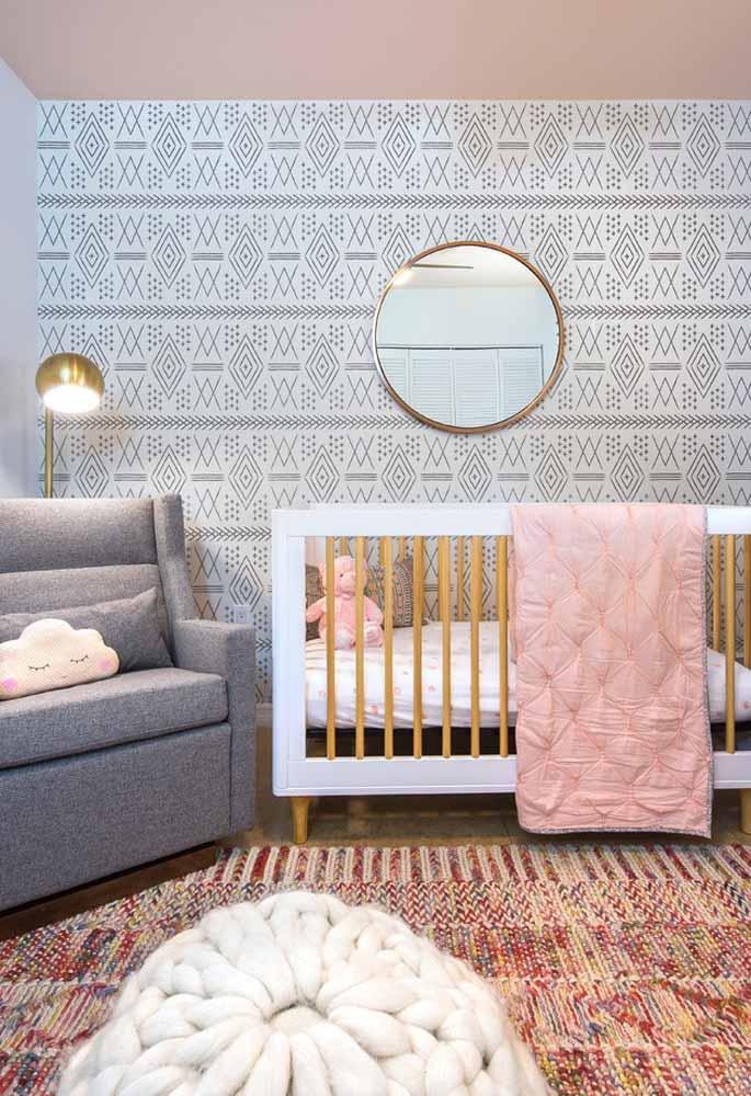 Decoração de quarto de bebê simples, mas com todo o conforto e estilo