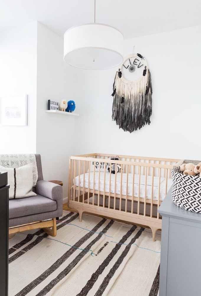 Até os tapetes mais simples podem fazer uma decoração incrível para o quarto do bebê (além de proporcionar mais conforto!)